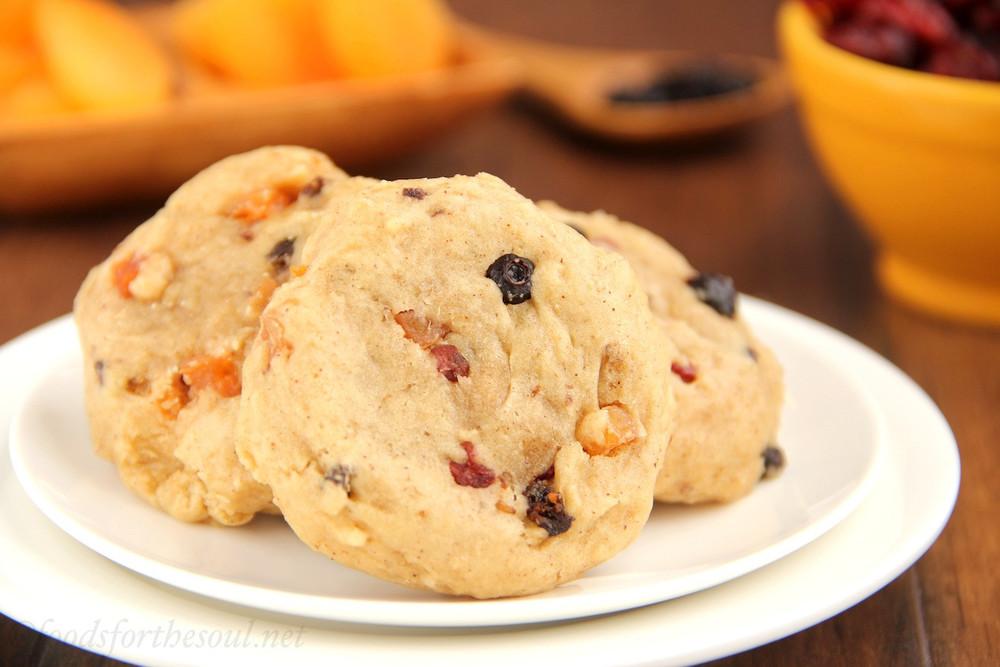 Sweet And Soft Fruitcake Cookies Thebestdessertrecipes Com