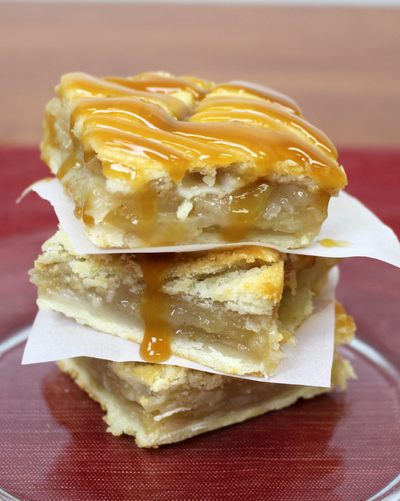 Gooey Apple Pie Bars