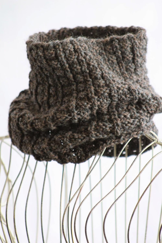 Loom Knit Rib Stitch Hat : Sailors Rib Cowl AllFreeKnitting.com