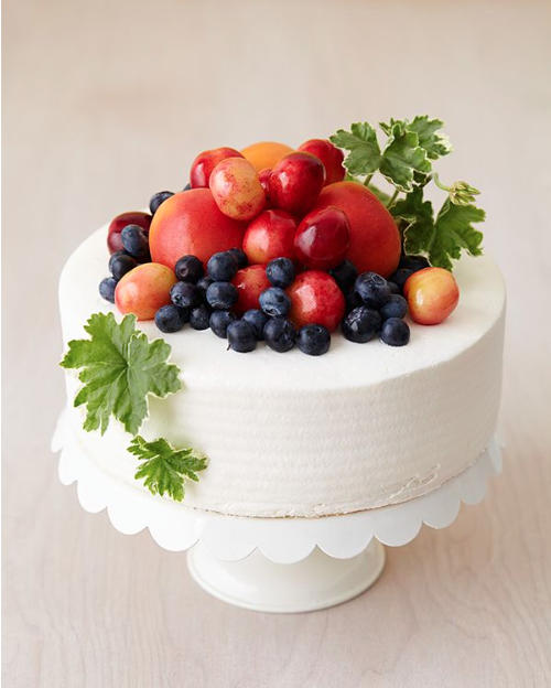 Bountiful fresh fruit cake decoration for Decoration fruit