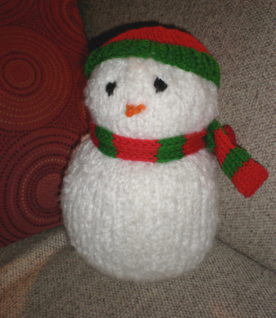 Knit Snowman with Accessories
