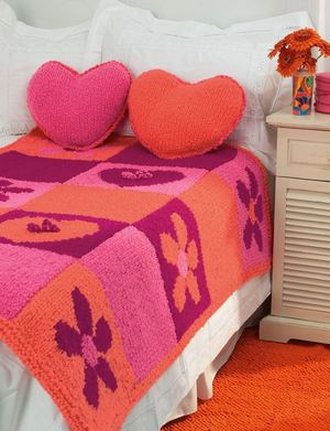 Knitted Flowers and Hearts Bed Set