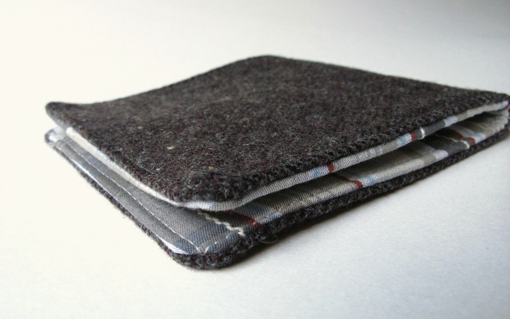 Mens Wallet AllFreeSewingcom : Mens WalletExtraLarge1000ID 864513 from www.allfreesewing.com size 1000 x 625 jpeg 121kB