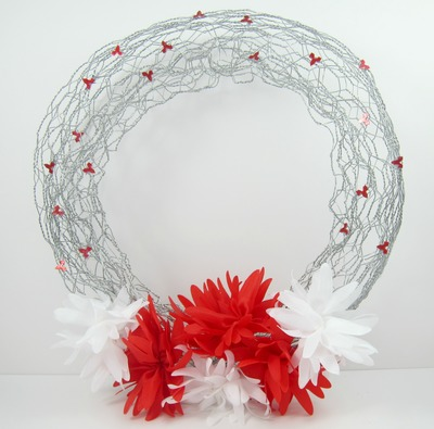 Chicken Wire DIY Spring Wreath