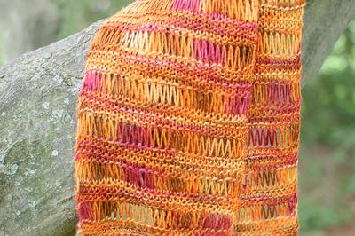 Sunburst Easy Knit Scarf AllFreeKnitting.com