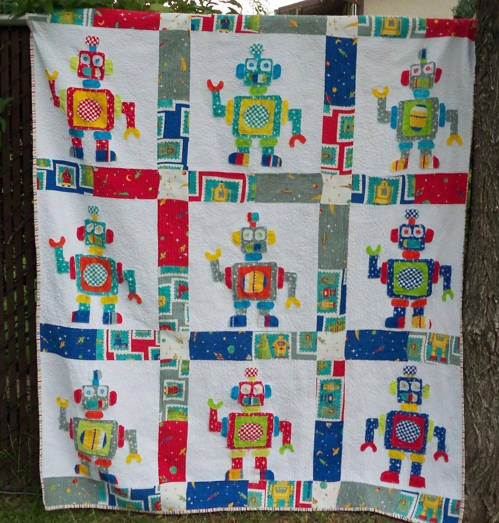Robot Love Quilt Favequilts Com