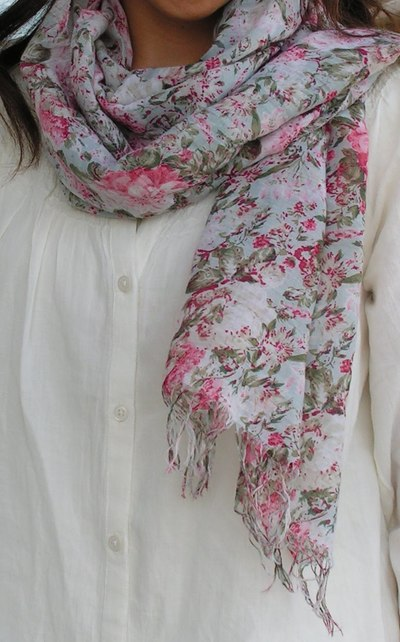 A Scarf for Spring