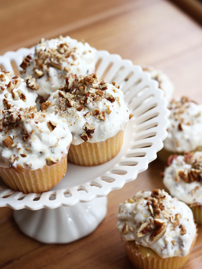 Pioneer Woman Inspired Italian Cream Cupcakes