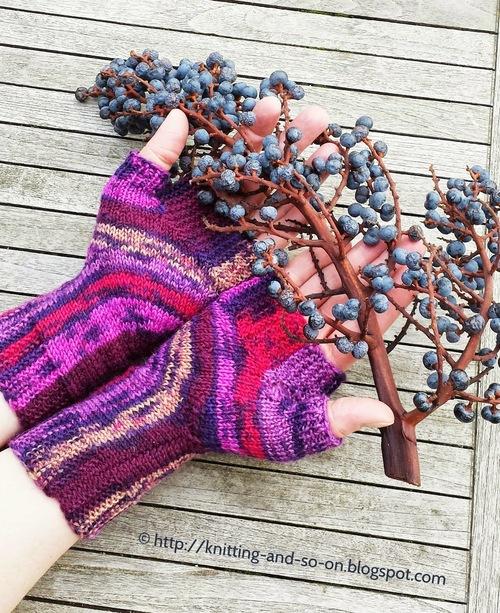 U-Turn Knit Fingerless Gloves AllFreeKnitting.com
