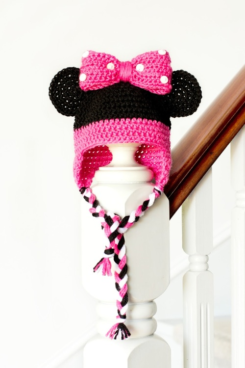 Crochet Patterns For Minnie Mouse : Minnie Mouse Crochet Hat Pattern AllFreeHolidayCrafts.com