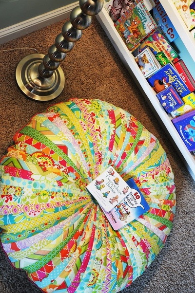 jammin jelly roll quilt floor cushion