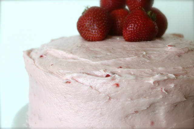 Strawberry Jello Cake Recipe Frozen Strawberries: Fresh Strawberry Jello Cake