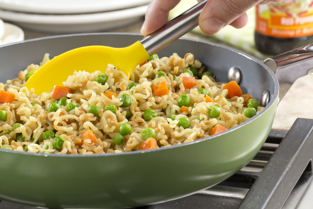 Skillet Ramen Noodles Mrfood Com