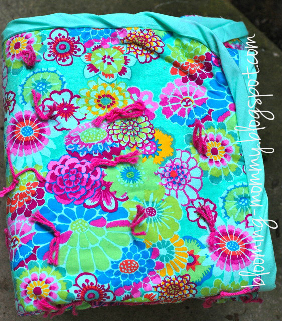 Blooming Tied Quilt Favequilts Com