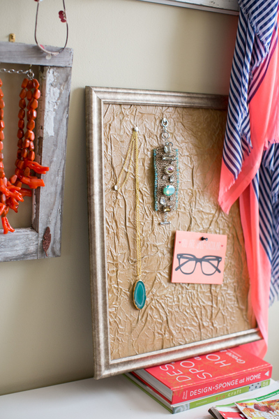 Stunningly Simple DIY Notice Board | AllFreeHolidayCrafts.com