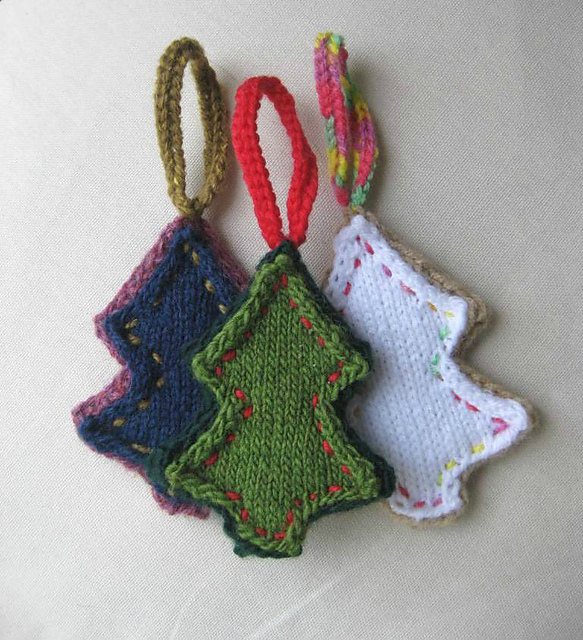 Knitting Pattern Christmas Tree: Folksy Christmas Tree Shape Ornaments