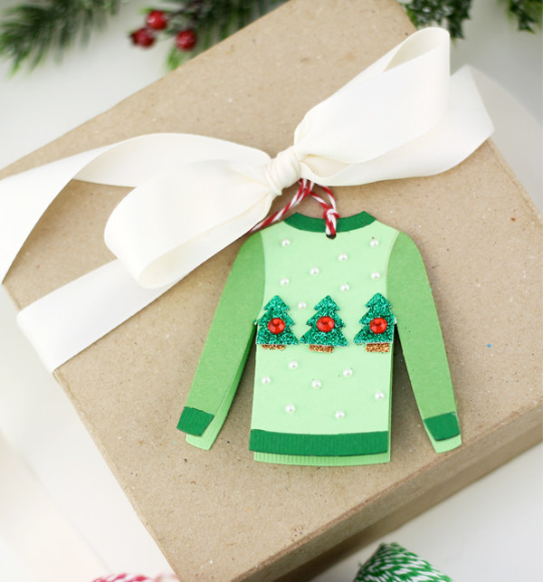 DIY Ugly Sweater Holiday Gift Tags |
