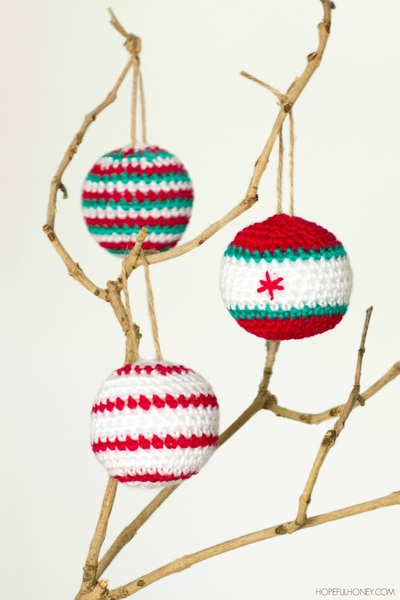 Crocheted Christmas Baubles Pattern