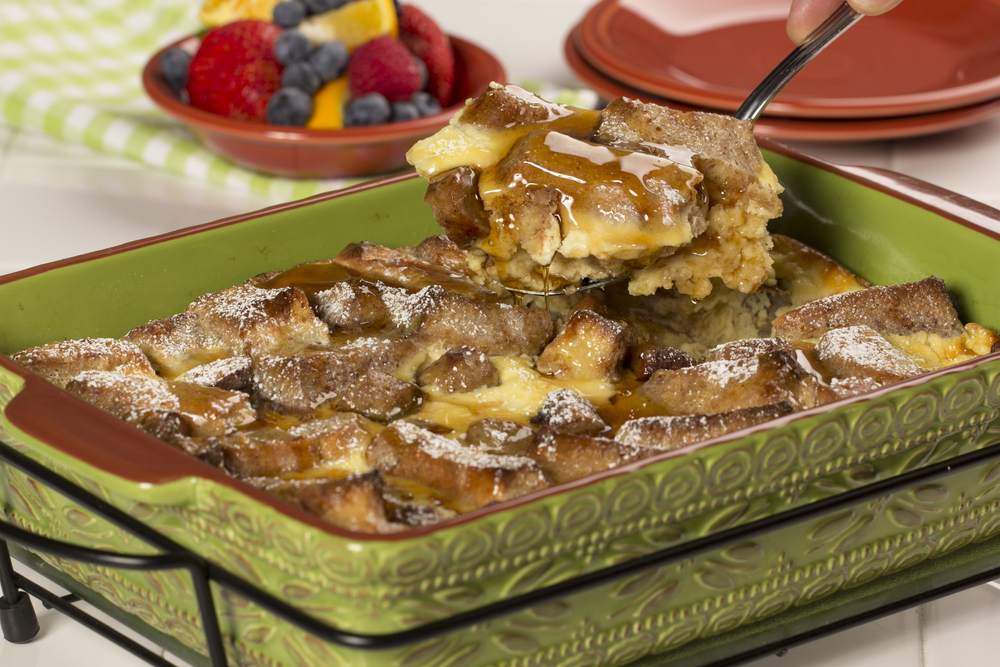Christmas Morning Breakfasts: 25 Breakfast Casseroles for ...