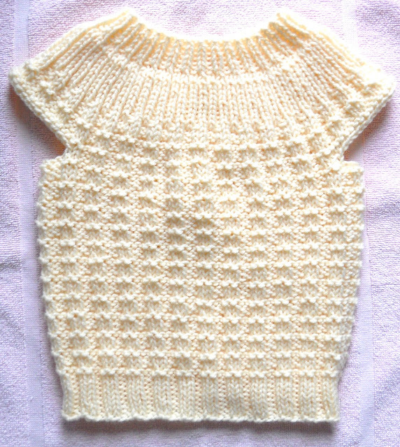 Simple-Seamless-Sweater AllFreeKnitting.com