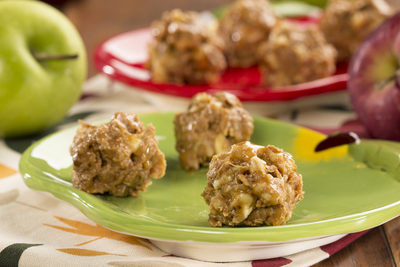 Apple-Caramel Crunch Balls
