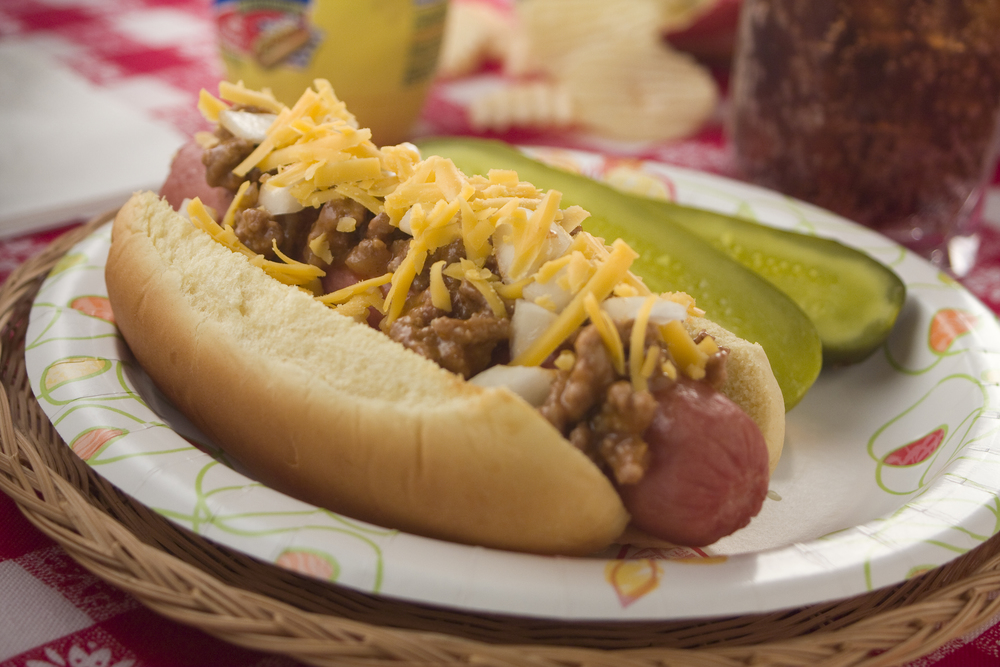 Hot Dogs With Chili Sauce