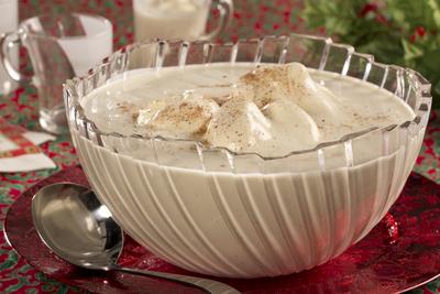 10 easy eggnog recipes for everyone - Traditional eggnog recipe holidays ...