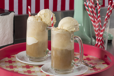 Old-Fashioned Root Beer Float