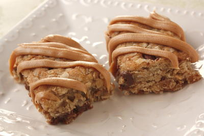 Peanut Butter Laced Oatmeal Bars