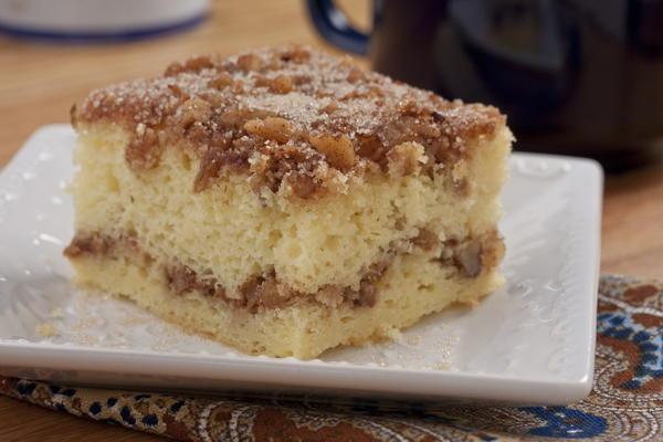 Recipe for easy cinnamon coffee cake