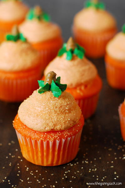 """The Great Pumpkin"" Cupcakes"