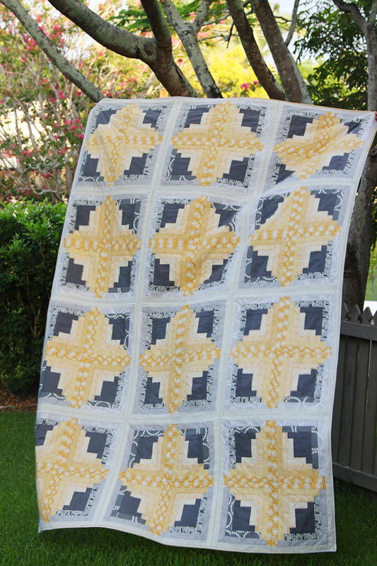 Sunny log cabin quilt favequilts