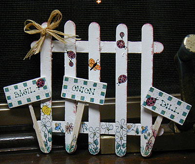 Crafty Garden Fence Favecrafts Com