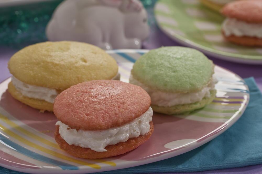 Easter egg cream sandwiches for Easy dessert recipes for easter