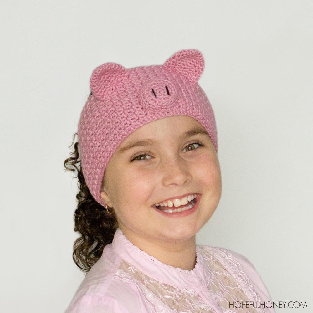 Free Crochet Pattern Mens Headband : Pretty Pig Crochet Headband AllFreeCrochet.com