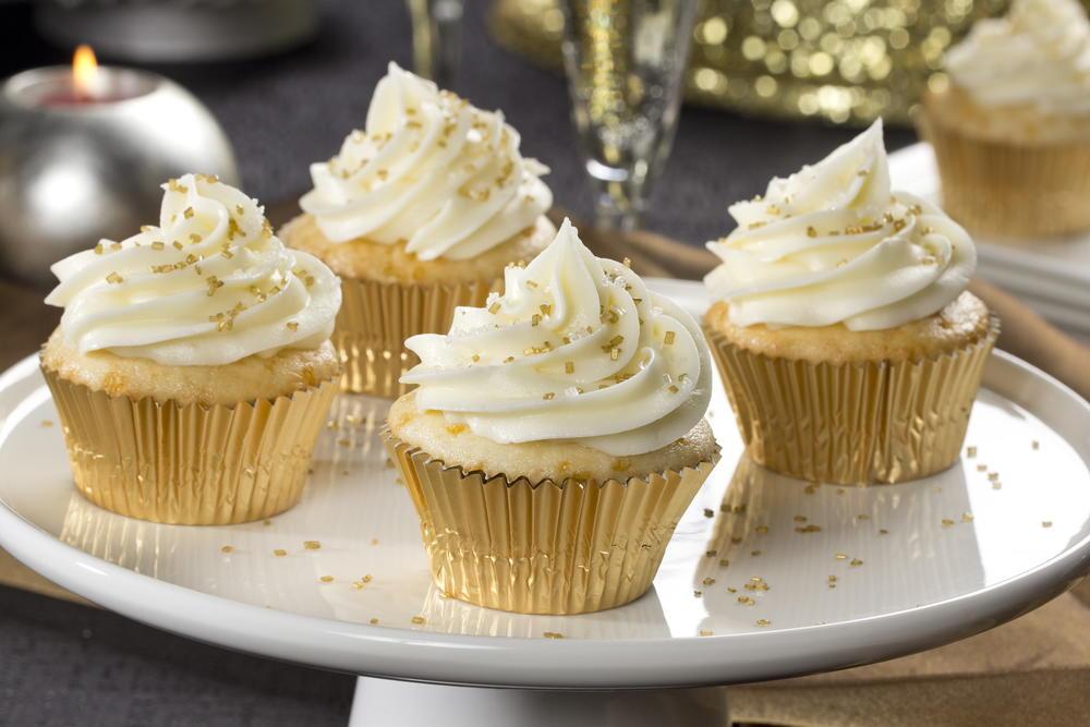 Champagne Cupcakes Mrfood Com