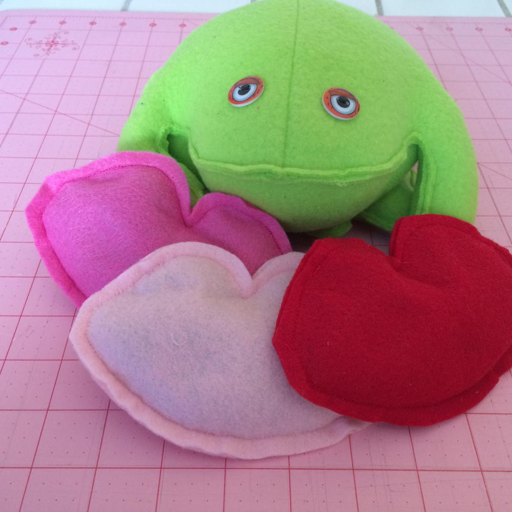 Kiss The Frog Bean Bag Toss Allfreesewing Com