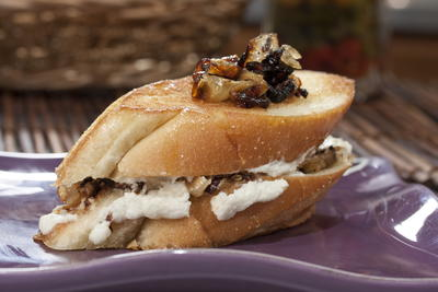 Grilled Goat Cheese Sandwiches