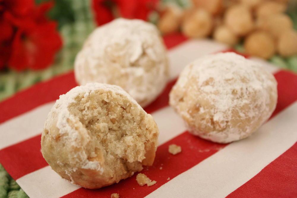 Macadamia Nut Balls
