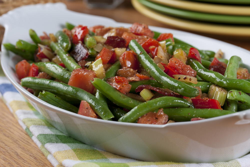 Smothered Green Beans | MrFood.com