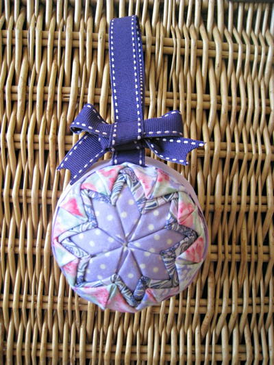 No Sew Quilted Star Homemade Christmas Ornament
