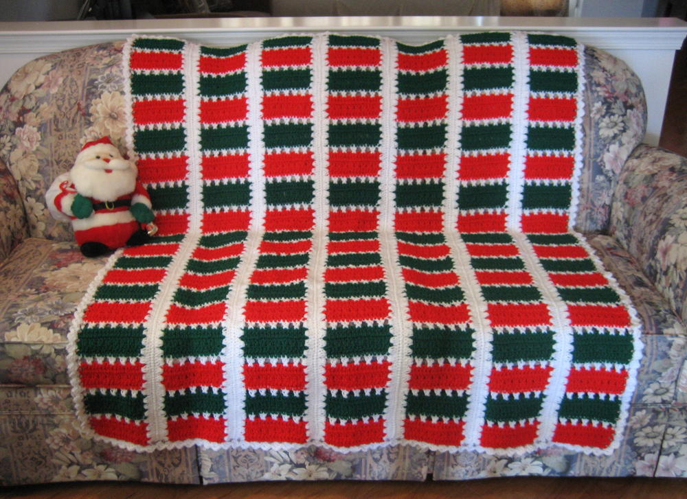 Christmas Spirit Mile A Minute Afghan