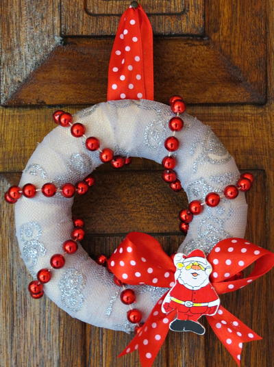 Mini Red and White DIY Christmas Wreath
