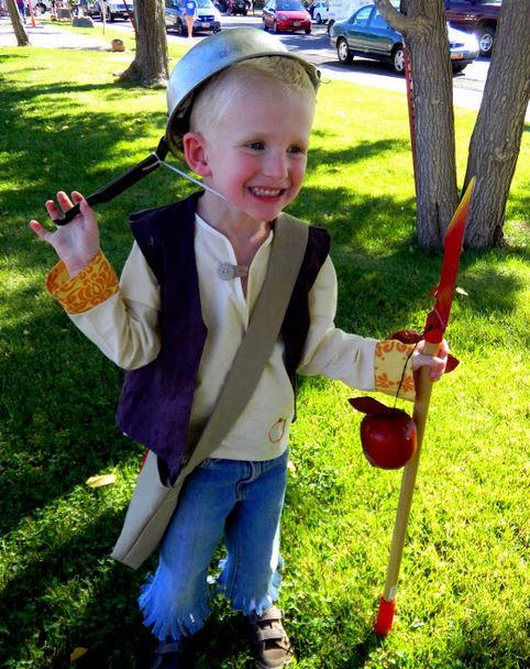Diy Johnny Appleseed Costume Allfreeholidaycrafts Com