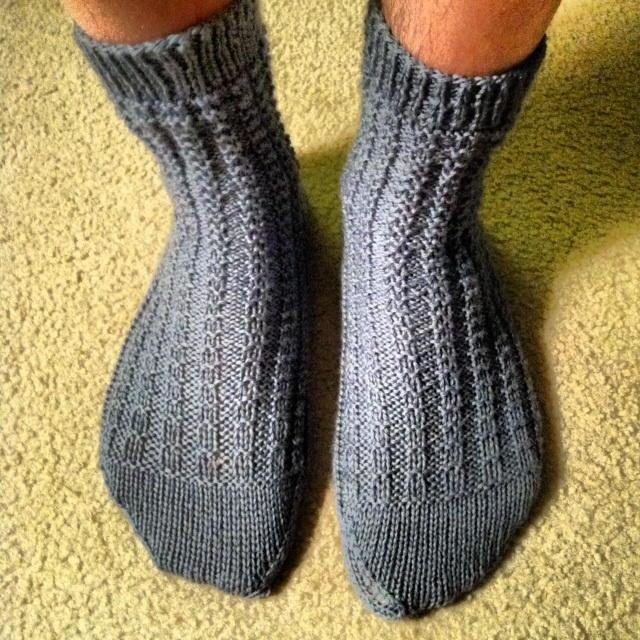 Mostly Ridge Rib Socks Allfreeknitting Com