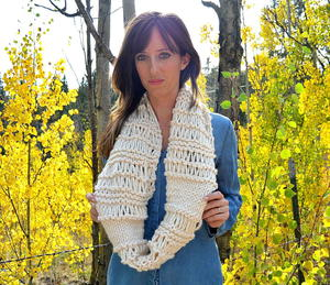 Cozy Weekend Infinity Knit Scarf Pattern