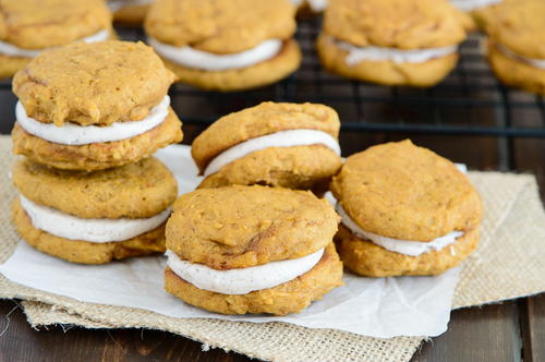 Two Ingredient Pumpkin Spice Cookies | RecipeLion.com