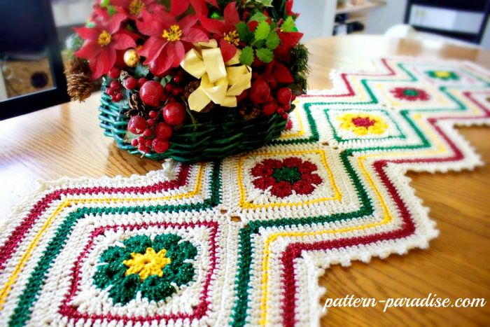 Free Crochet Patterns For Christmas Table Runners : Joyful Flowers Christmas Table Runner AllFreeCrochet.com
