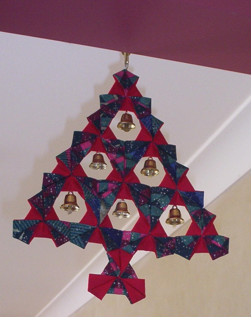 Make A Fabric Origami Christmas Tree Allfreesewing Com