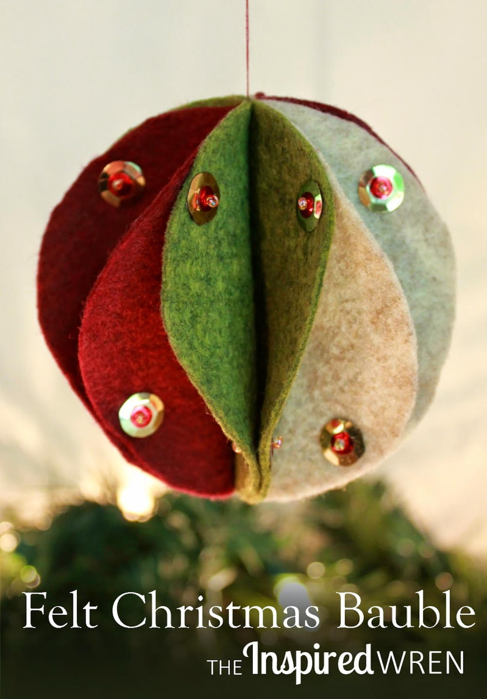 Festive Felt Christmas Bauble Allfreechristmascrafts Com
